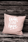 Putetrekk : Faith Love Hope